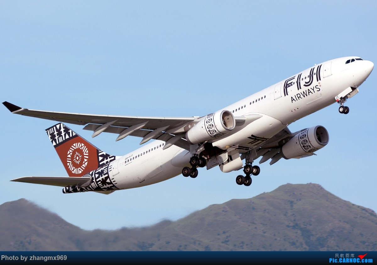 Re:[原创]香港拍机两天,烈日下膜拜维修区~~~多图~~~ AIRBUS A330-200 DQ-FJT 中国香港赤鱲角国际机场