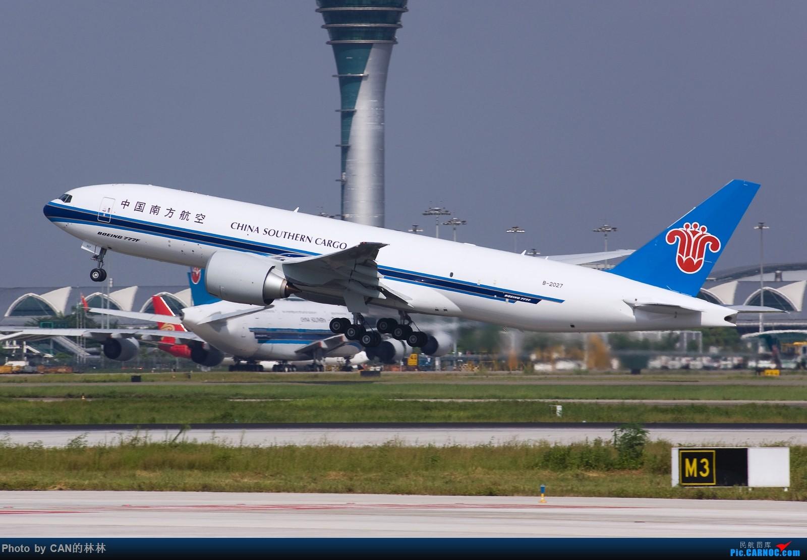 [原创]~~~久未发图,飞机已用尽,来乞讨下~~~ BOEING 777-200 B-2027 中国广州白云国际机场
