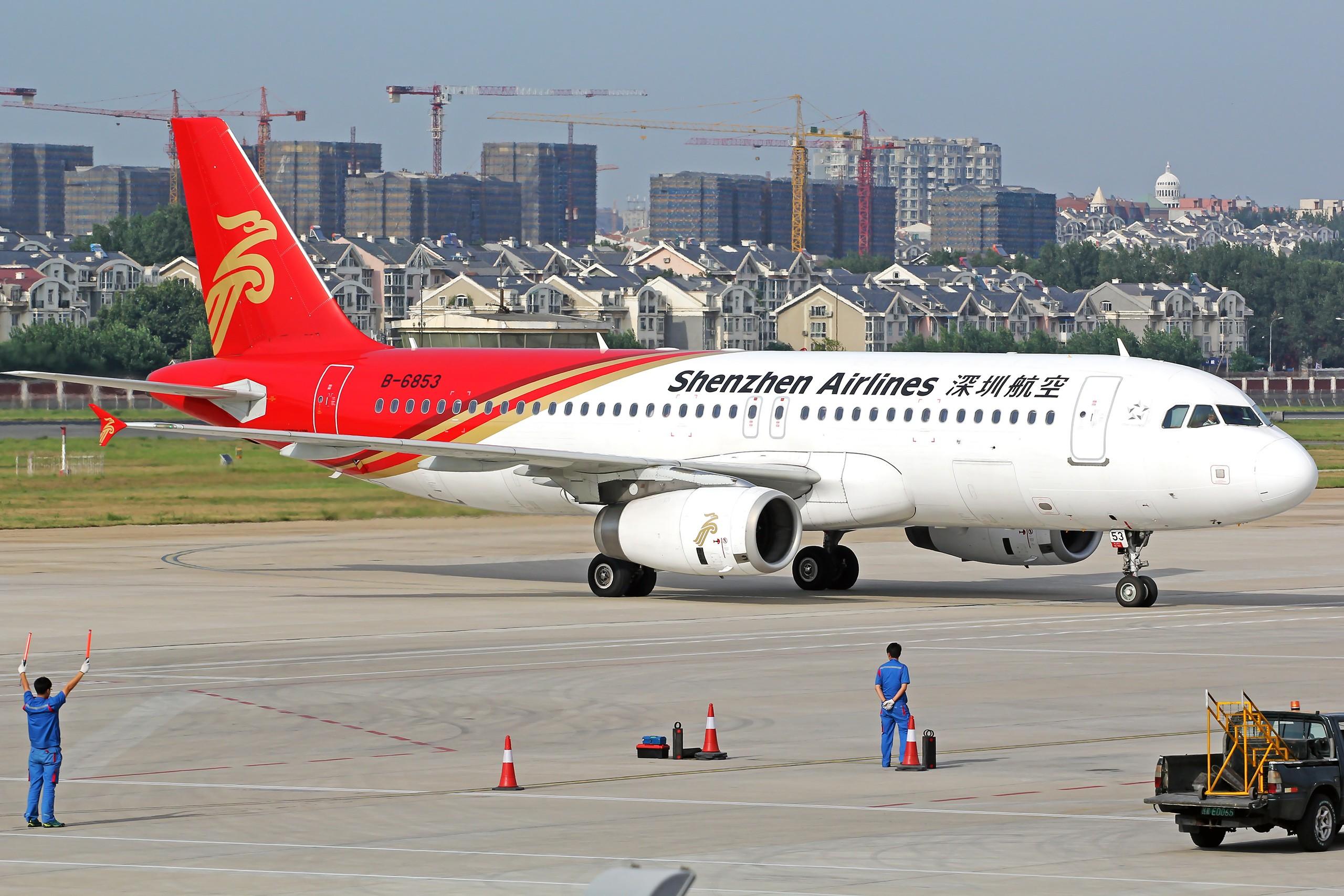 [原创][DLC]。。。无标题。。。{2560x1707}Pix AIRBUS A320-200 B-6853 中国大连周水子国际机场