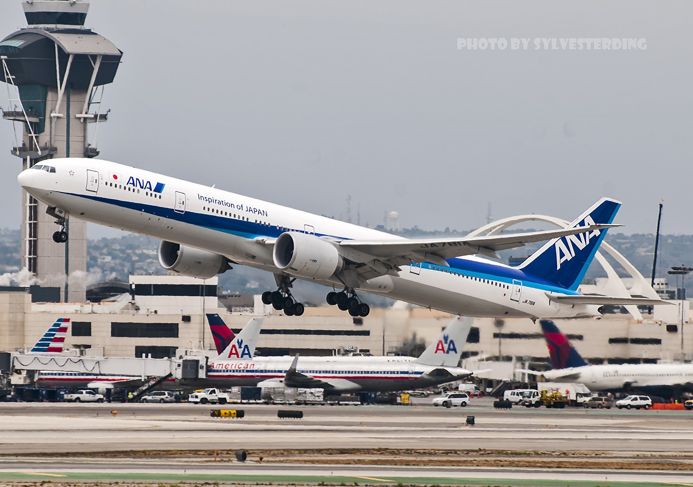 Re:[原创]【闲人伸少的小小世界19】一年半之后首次拍机,洛杉矶烂天中的国泰香港精神号,新装伊比利亚346,美联航789闪灯等等,附赠西雅图波特兰美景 BOEING 777-300ER JA781A 美国洛杉矶机场