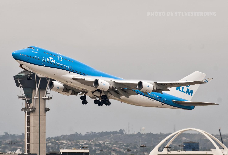 Re:[原创]【闲人伸少的小小世界19】一年半之后首次拍机,洛杉矶烂天中的国泰香港精神号,新装伊比利亚346,美联航789闪灯等等,附赠西雅图波特兰美景 BOEING 747-400 PH-BFV 美国洛杉矶机场