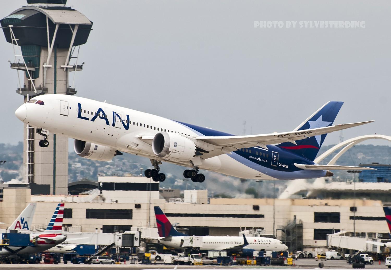 Re:[原创]【闲人伸少的小小世界19】一年半之后首次拍机,洛杉矶烂天中的国泰香港精神号,新装伊比利亚346,美联航789闪灯等等,附赠西雅图波特兰美景 BOEING 787-8 CC-BBB 美国洛杉矶机场