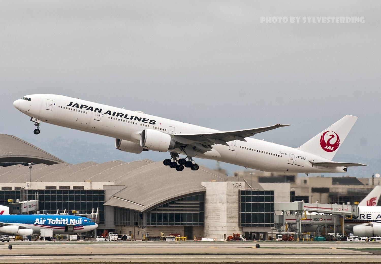 Re:[原创]【闲人伸少的小小世界19】一年半之后首次拍机,洛杉矶烂天中的国泰香港精神号,新装伊比利亚346,美联航789闪灯等等,附赠西雅图波特兰美景 BOEING 777-300ER JA738J 美国洛杉矶机场