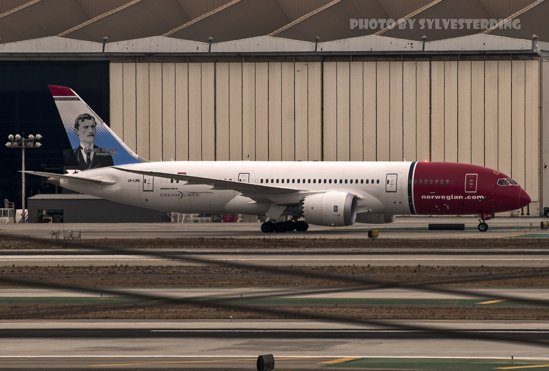 Re:[原创]【闲人伸少的小小世界19】一年半之后首次拍机,洛杉矶烂天中的国泰香港精神号,新装伊比利亚346,美联航789闪灯等等,附赠西雅图波特兰美景 BOEING 787-8 LN-LNG 美国洛杉矶机场