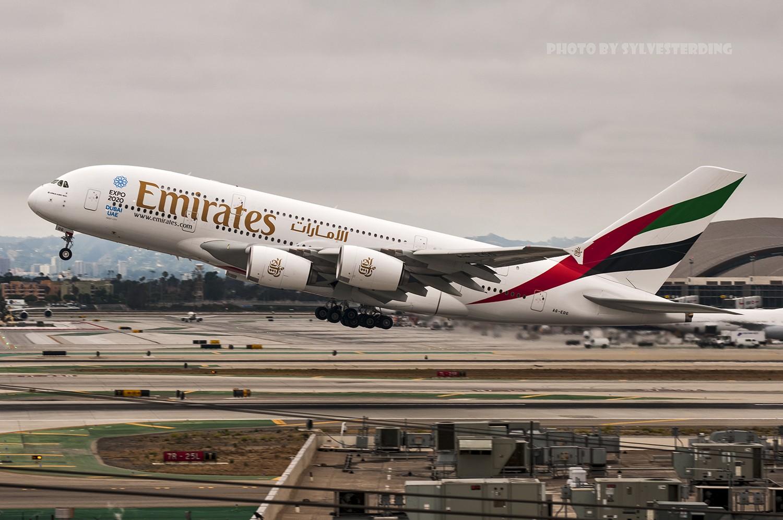 Re:[原创]【闲人伸少的小小世界19】一年半之后首次拍机,洛杉矶烂天中的国泰香港精神号,新装伊比利亚346,美联航789闪灯等等,附赠西雅图波特兰美景 AIRBUS A380-800 A6-EOG 美国洛杉矶机场