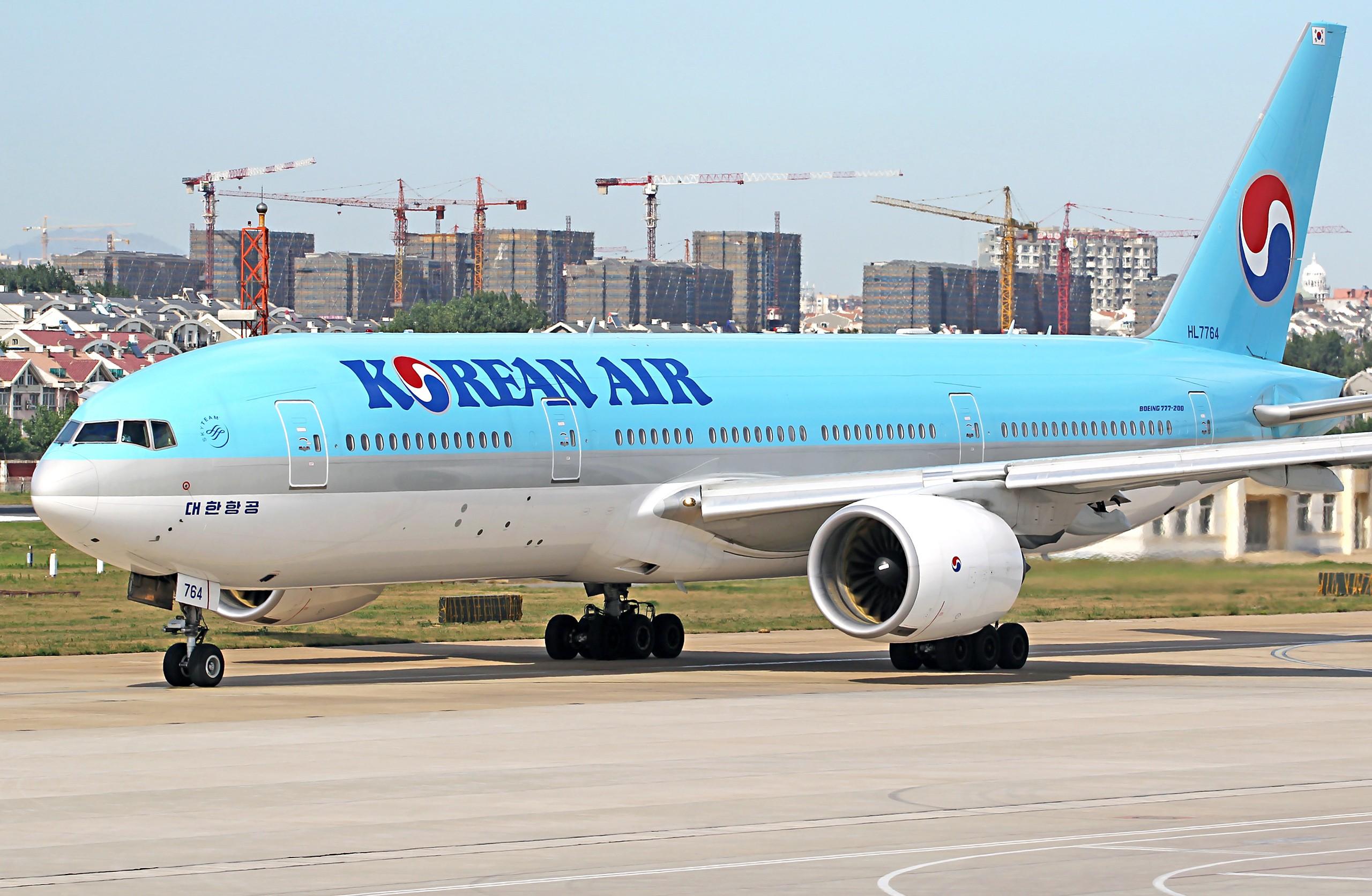 [原创][DLC]2560x1707Pix BOEING 777-200 HL7764 中国大连周水子国际机场