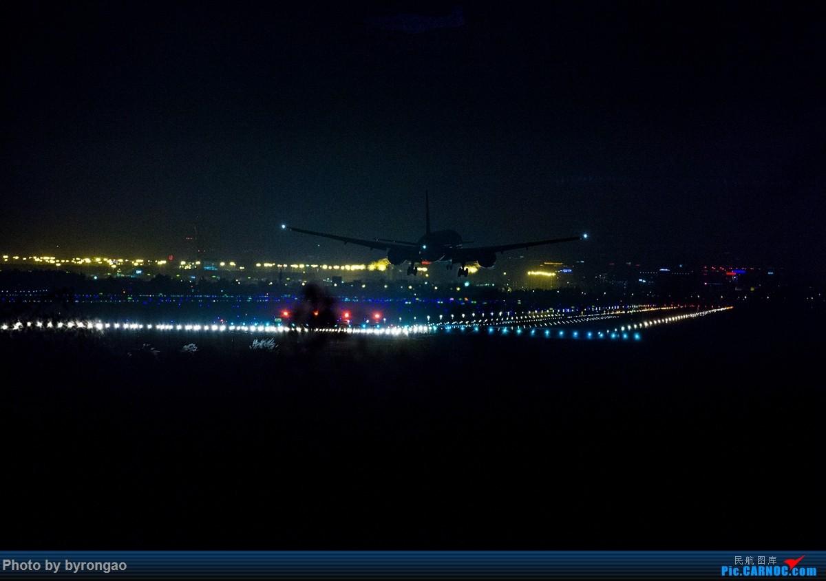 Re:[原创]夜幕下的CTU二跑道.....    中国成都双流国际机场