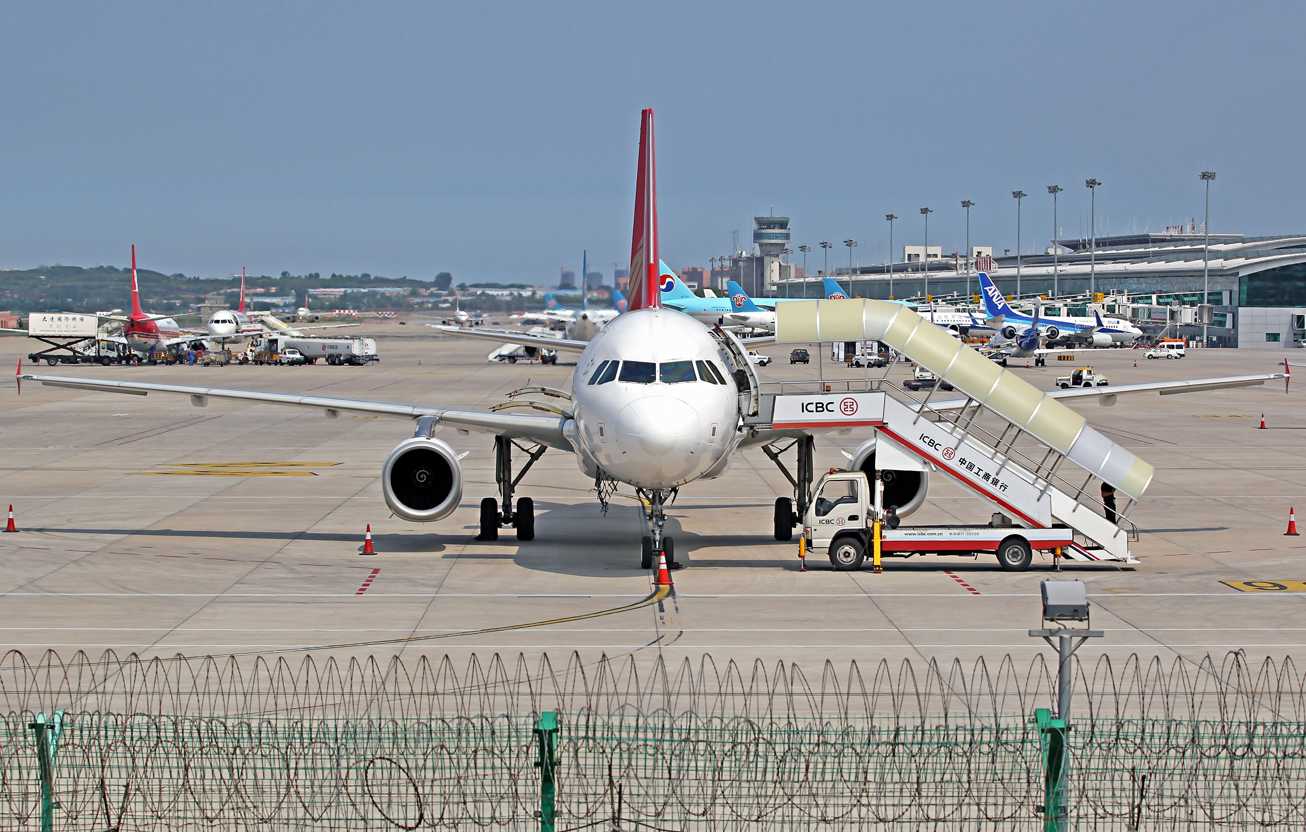 Re:[原创][DLC]...窄体机...2560x1707}Pix AIRBUS A320-200 B-9909 中国大连周水子国际机场