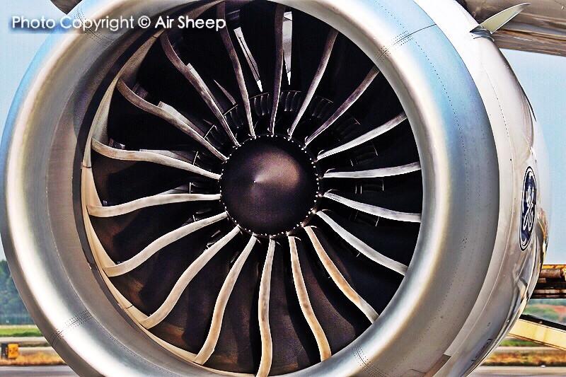 刀锋… BOEING 787-8 B-2736 中国广州白云国际机场