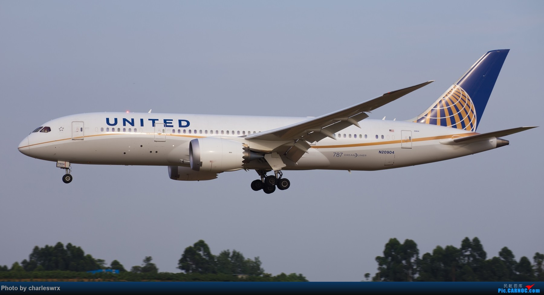 Re:[原创]夕阳余晖下的CTU BOEING 787-8 N-20904 中国成都双流国际机场