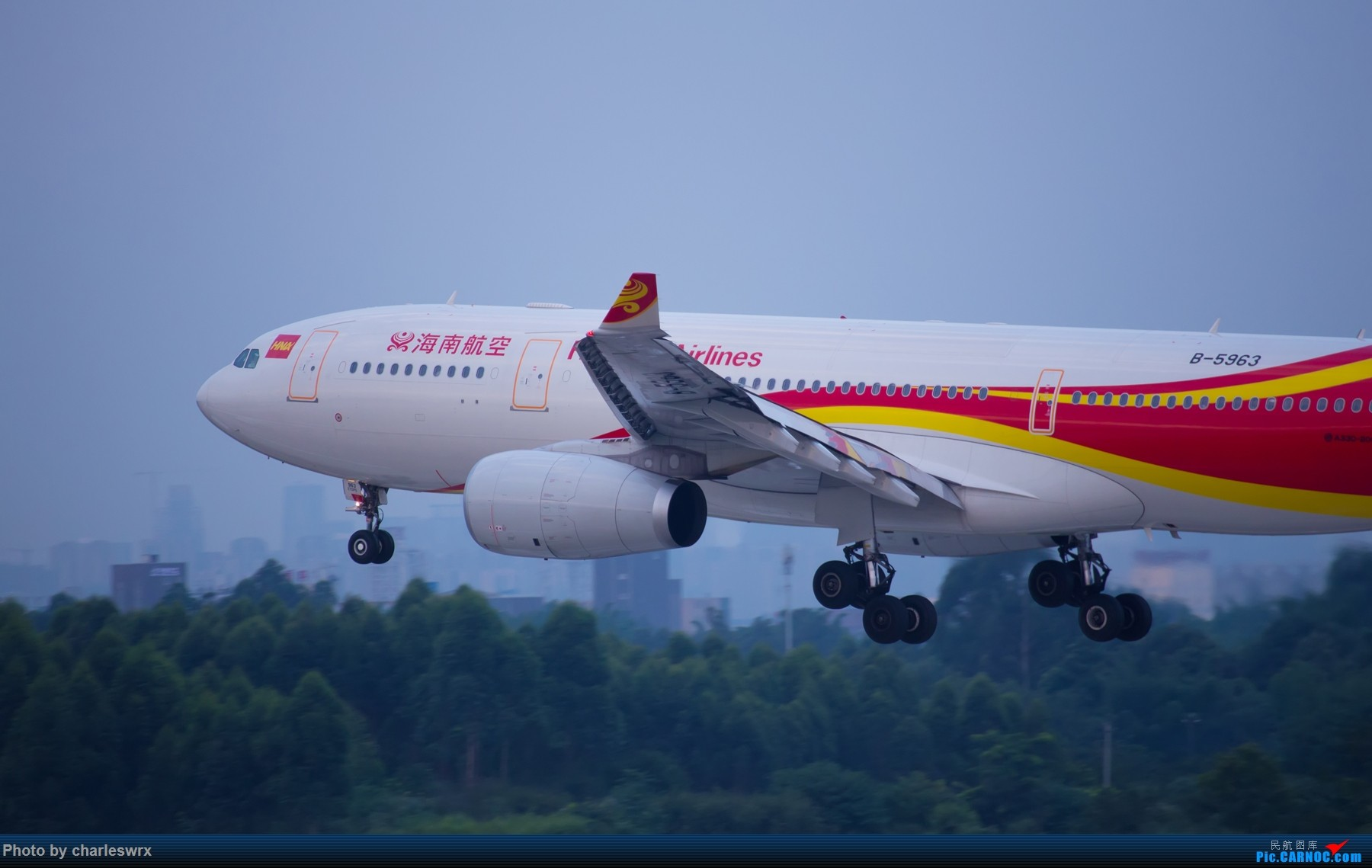 Re:[原创]夕阳余晖下的CTU AIRBUS A330-200 B-5963 中国成都双流国际机场