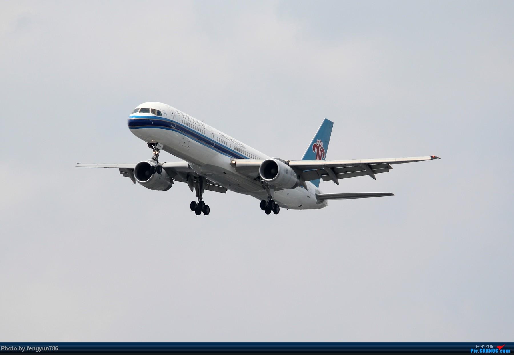 Re:[原创]7.19的SHA,天晴温高,发几个跟前一天不一样的。 BOEING 757-200 B-2853 中国上海虹桥国际机场