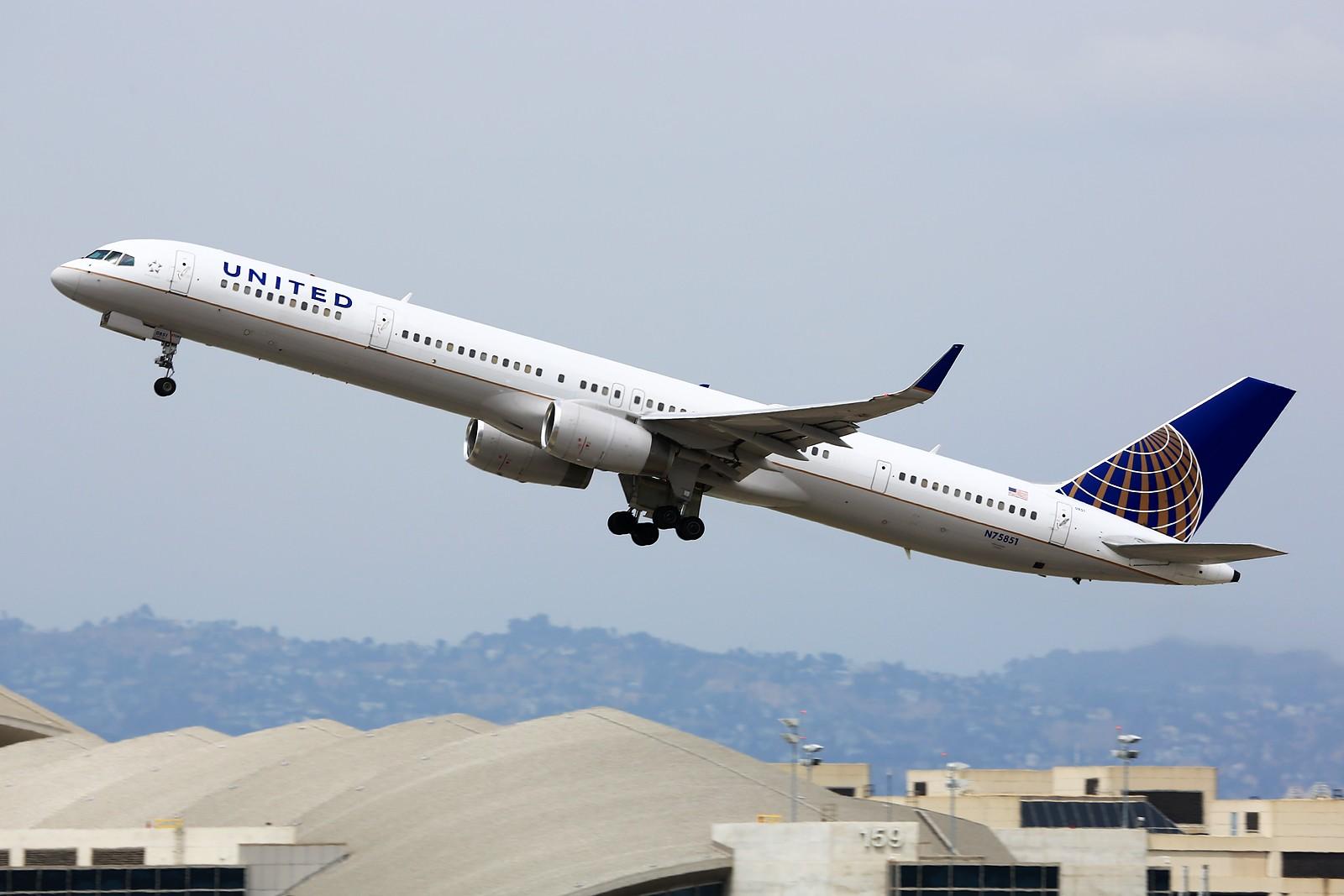 Re:[原创]【LAX】**********Imperial Hill小合集:重载拉起们的日常[1600*1067]********** BOEING 757-300 N75851 美国洛杉矶机场