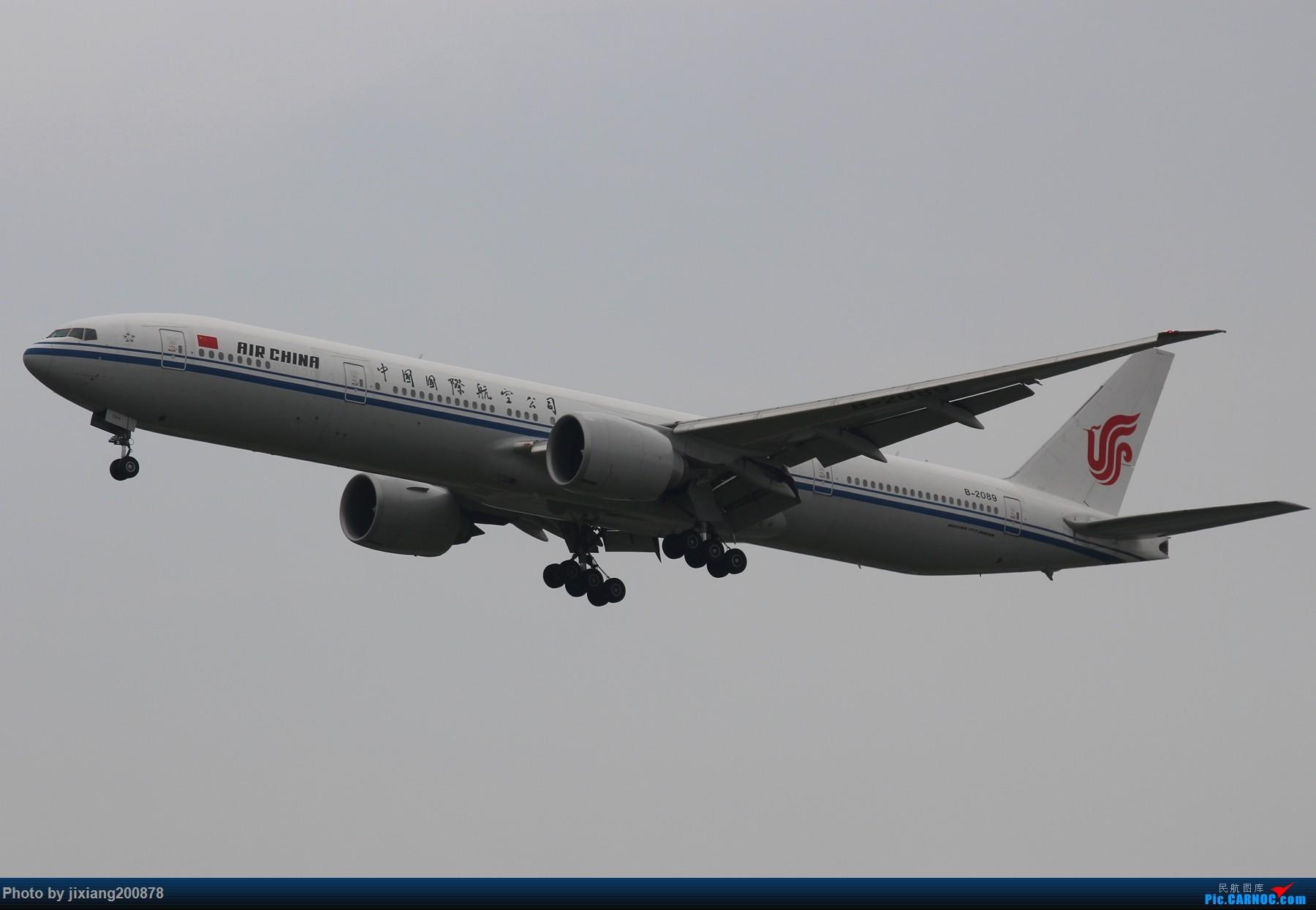 Re:[原创]7.28 PEK看拉烟儿 BOEING 777-300ER B-2089 中国北京首都国际机场