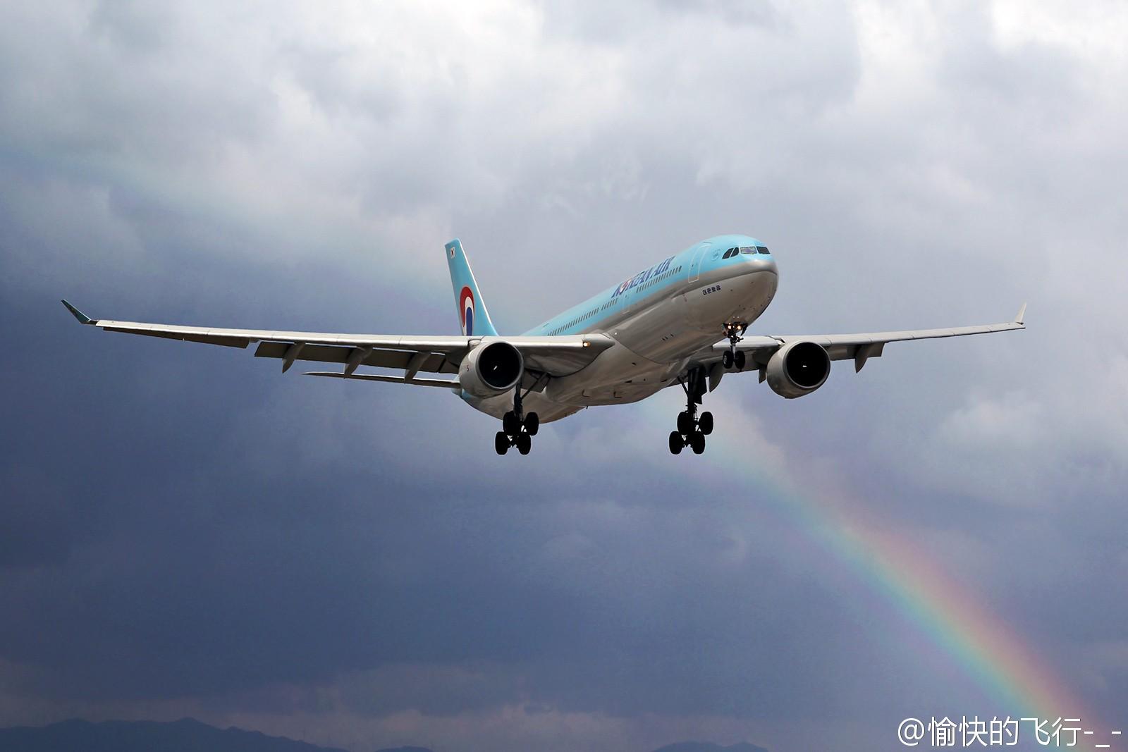 [原创]。。。飞机美不美主要看背景。。。 AIRBUS A330-300 HL8001