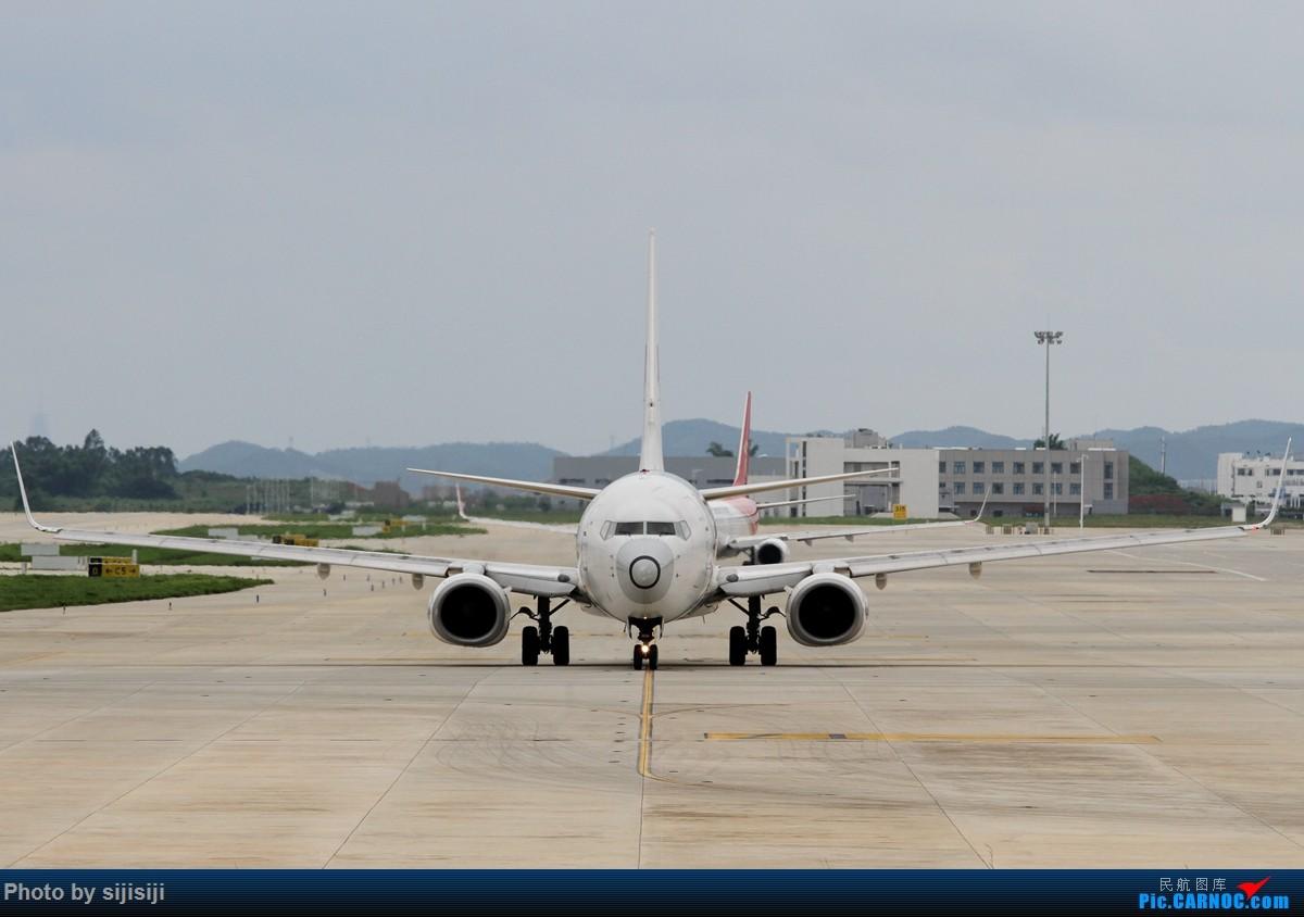Re:[原创]【NNG飞友星星随拍】OK,你用了谁的鼻子? BOEING 737-800 B-5367 中国南宁吴圩国际机场