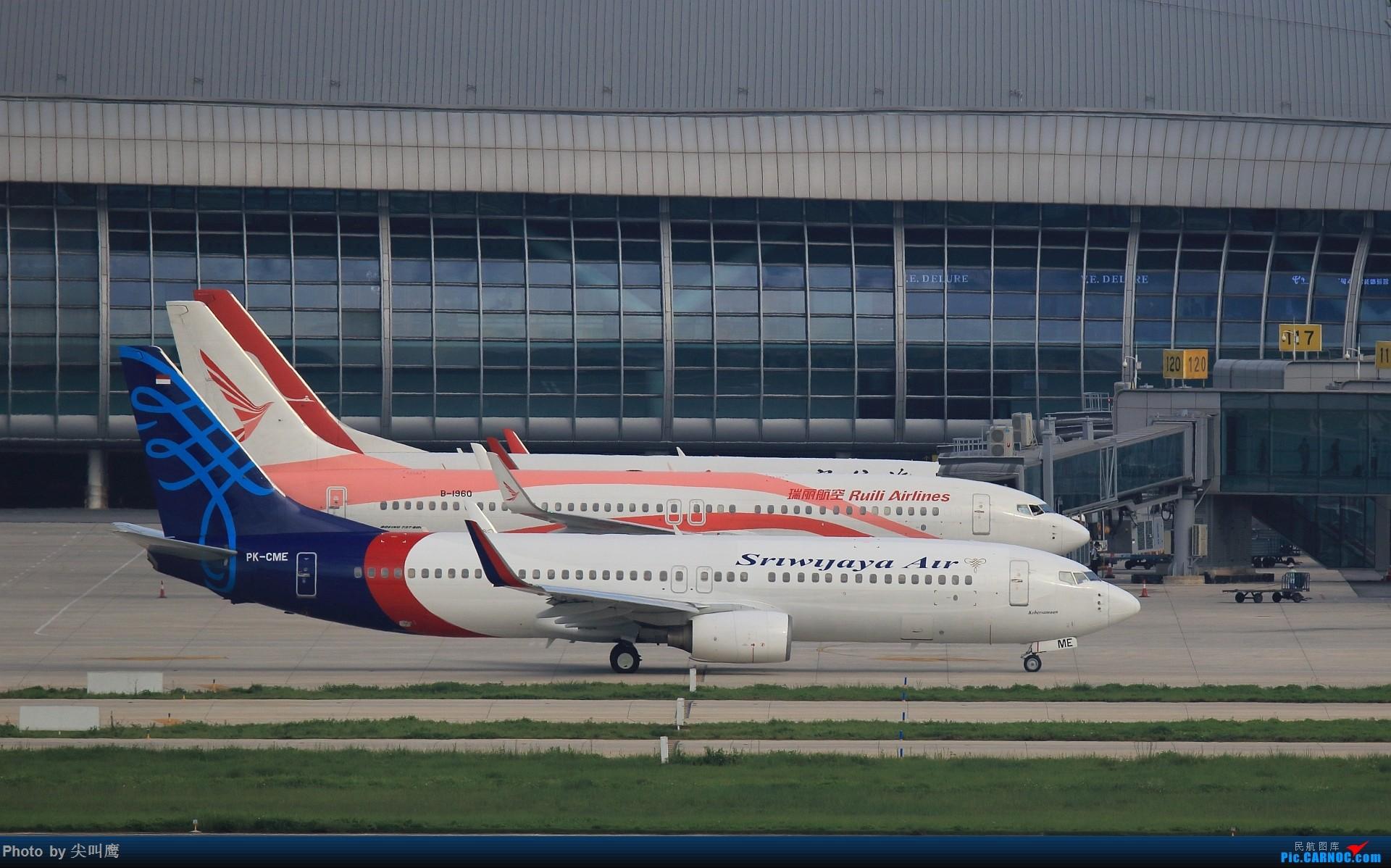 [原创]737-800排排坐 BOEING 737-800 B-1960 中国南宁吴圩国际机场