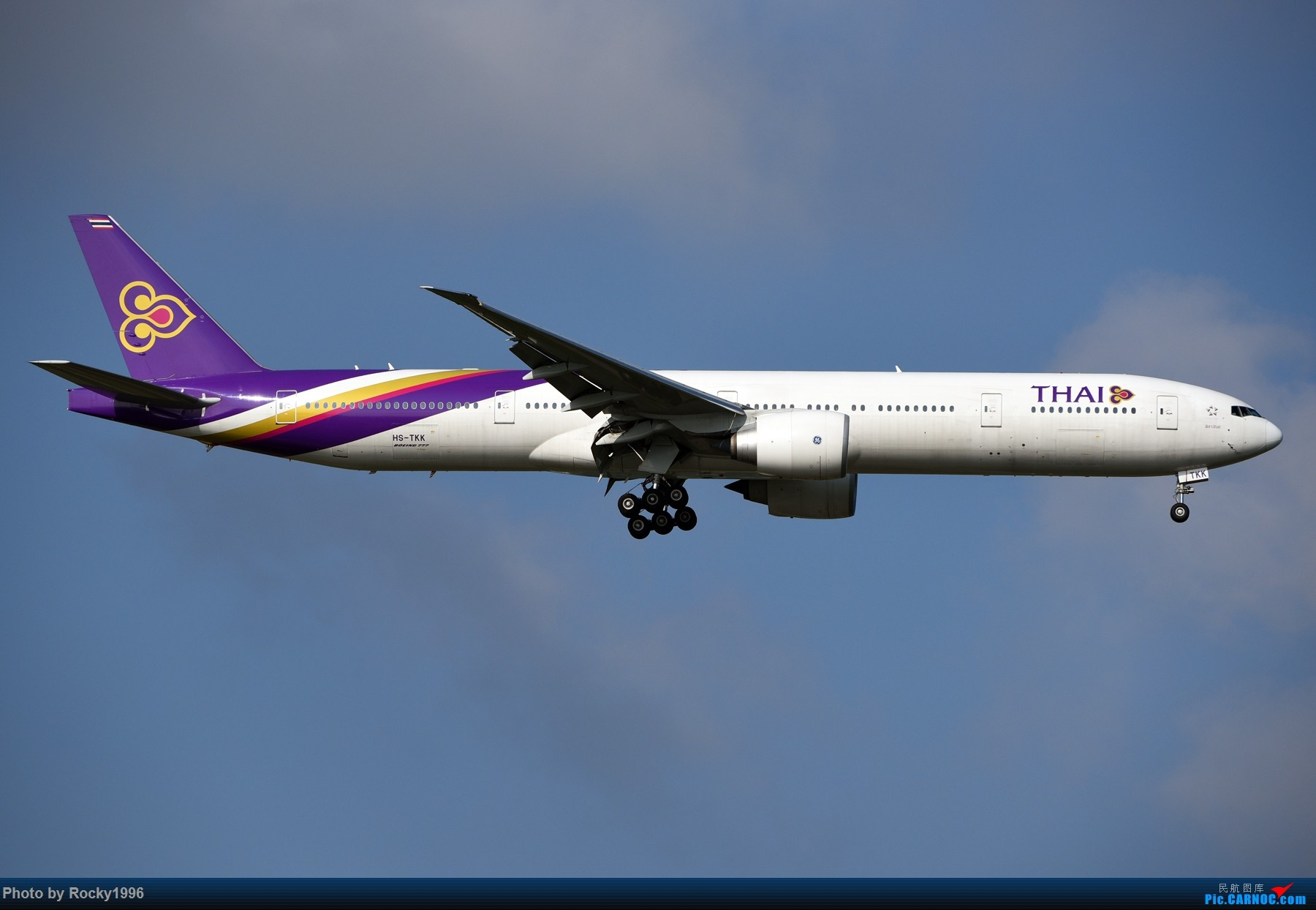Re:[原创]浦东好天,就要胖子棍子一把抓!! BOEING 777-300ER HS-TKK 中国上海浦东国际机场