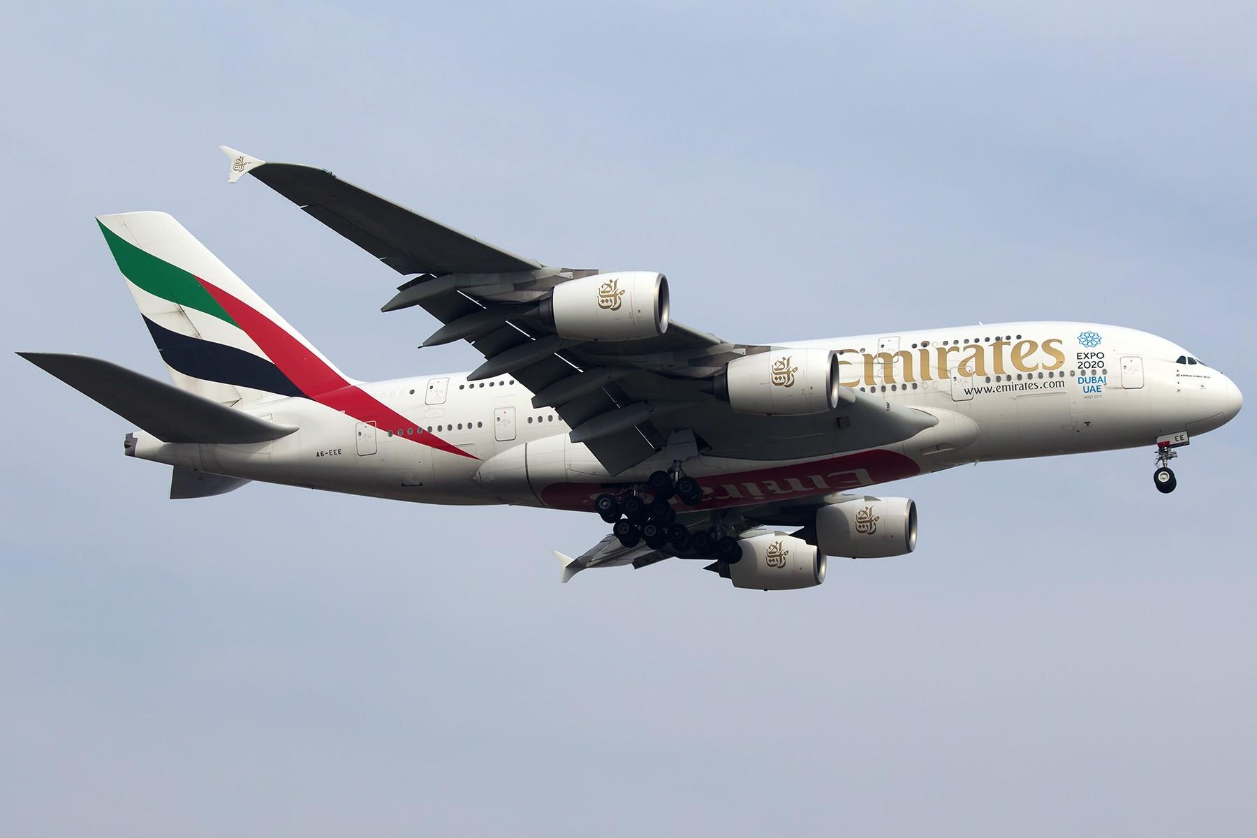 Re:[原创]【1800*1200】浦 东 是 个 大 机 场 AIRBUS A380-800 A6-EEE 中国上海浦东国际机场