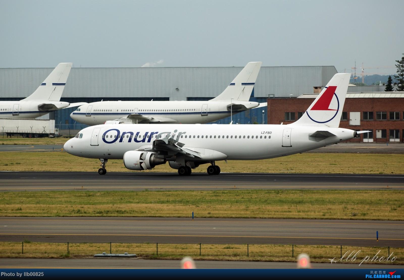 Re:[原创]赫尔辛基-布鲁塞尔一些杂图 AIRBUS A320 LZ-FBD 比利时布鲁塞尔机场
