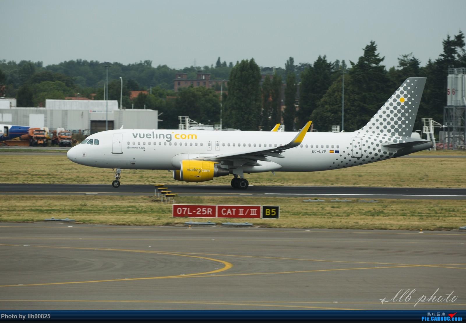 Re:[原创]赫尔辛基-布鲁塞尔一些杂图 AIRBUS A320 EC-LVP 比利时布鲁塞尔机场