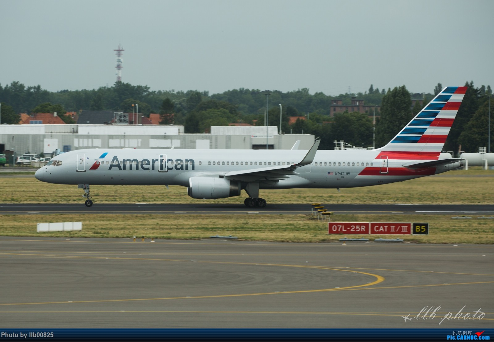 Re:[原创]赫尔辛基-布鲁塞尔一些杂图 BOEING 757-200 N942UW 比利时布鲁塞尔机场