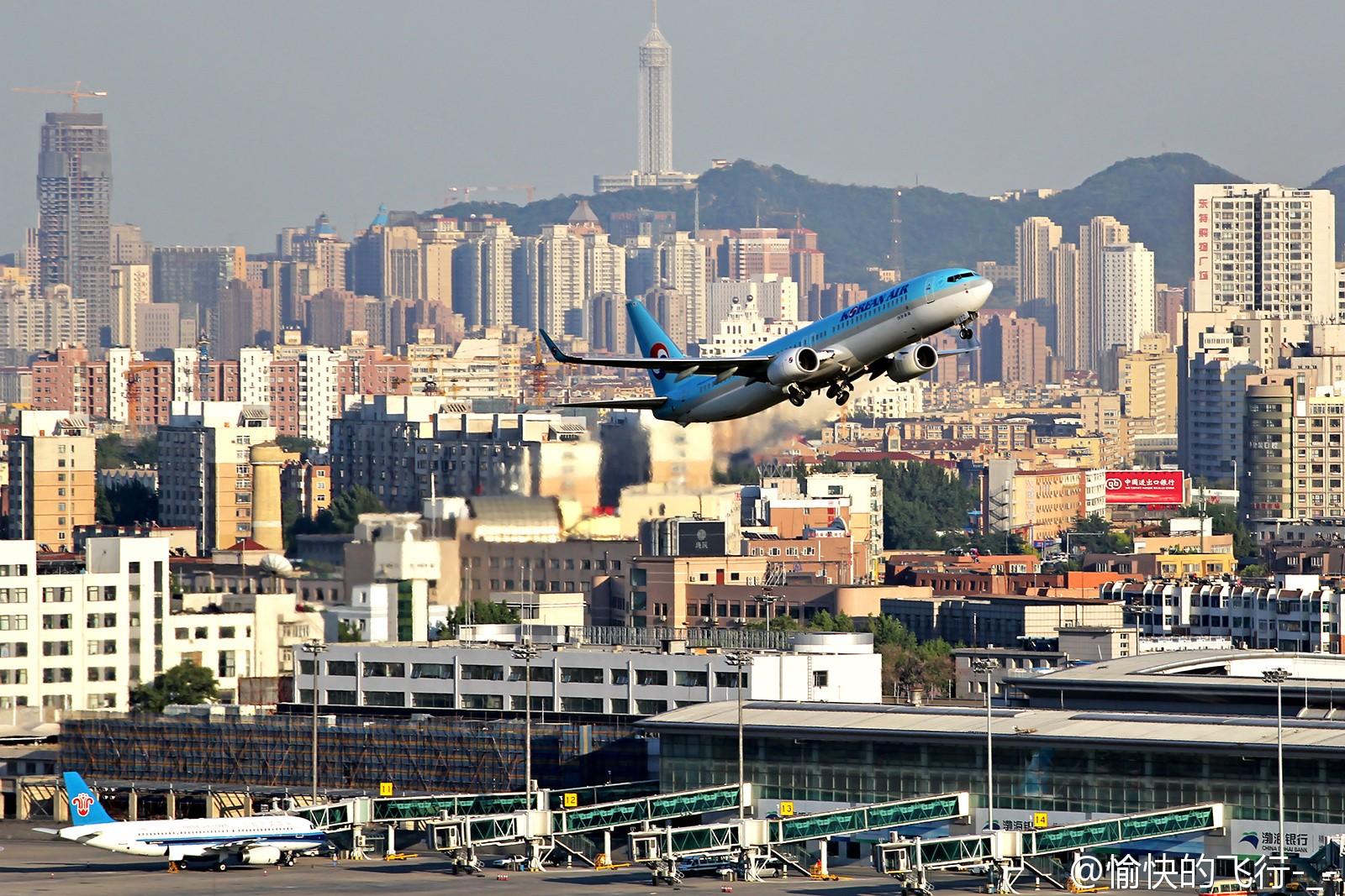 Re:[原创][DLC]。。。眺望远方的路。。。    中国大连国际机场