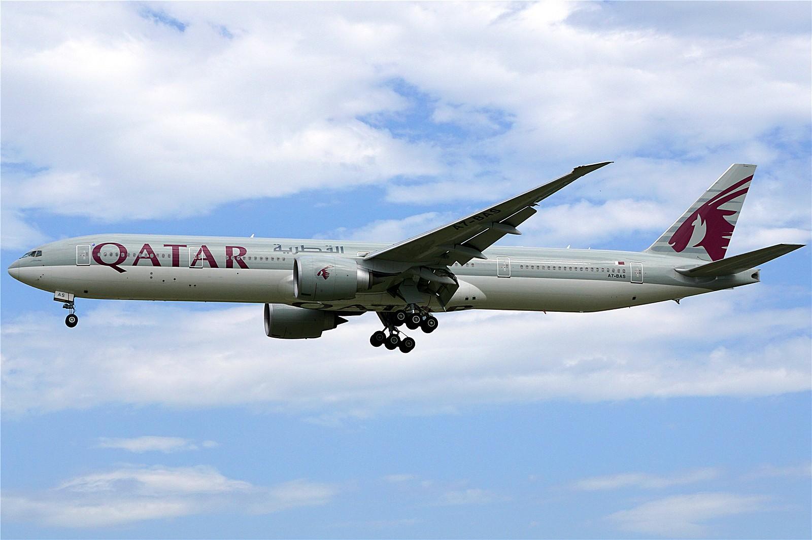 Re:首都机场外航宽体一组*1600大图* BOEING 777-300ER A7-BAS 中国北京首都国际机场