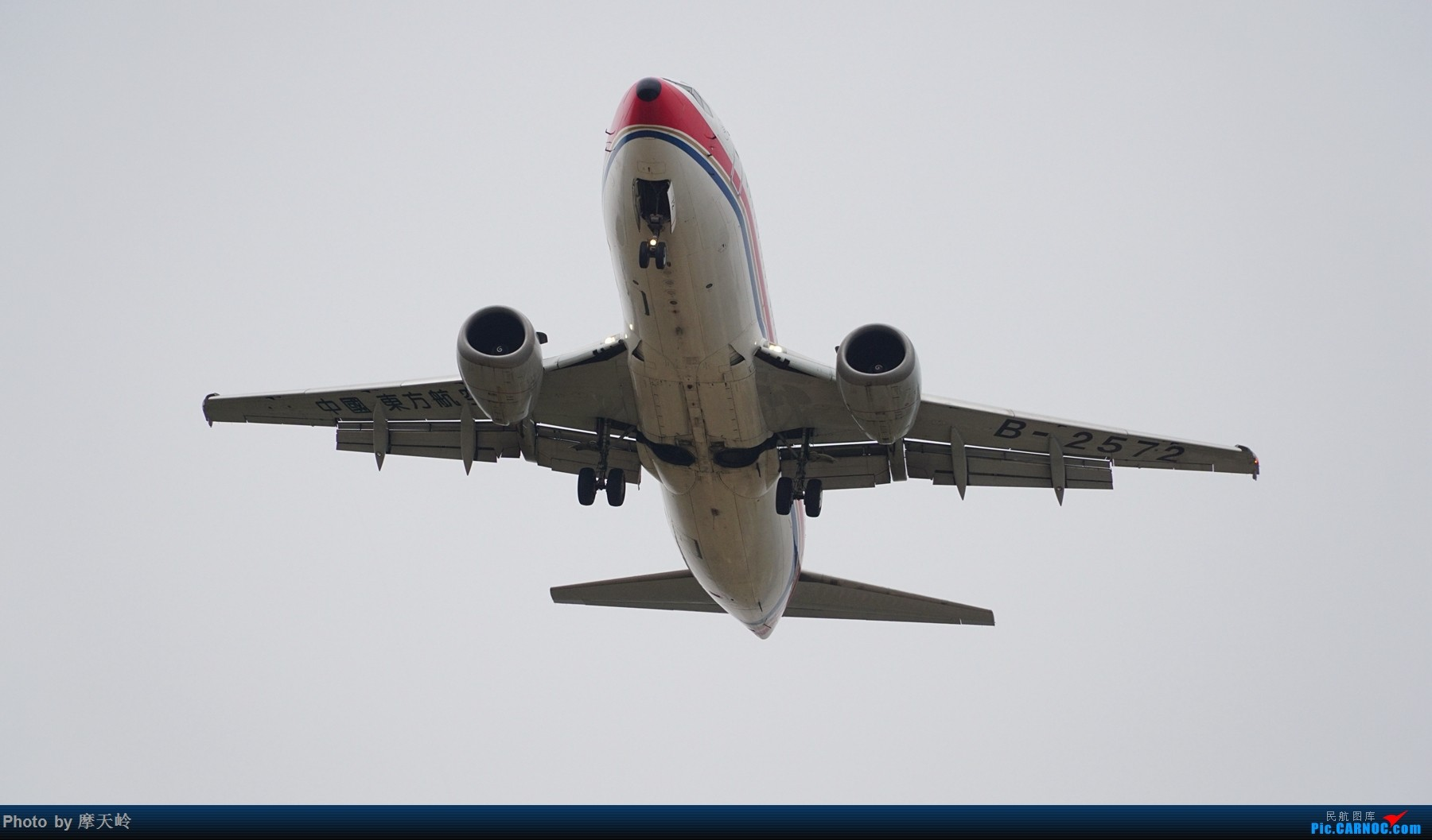 Re:[原创]长水下滑道拍机 BOEING 737-300 B-2572 中国昆明长水国际机场