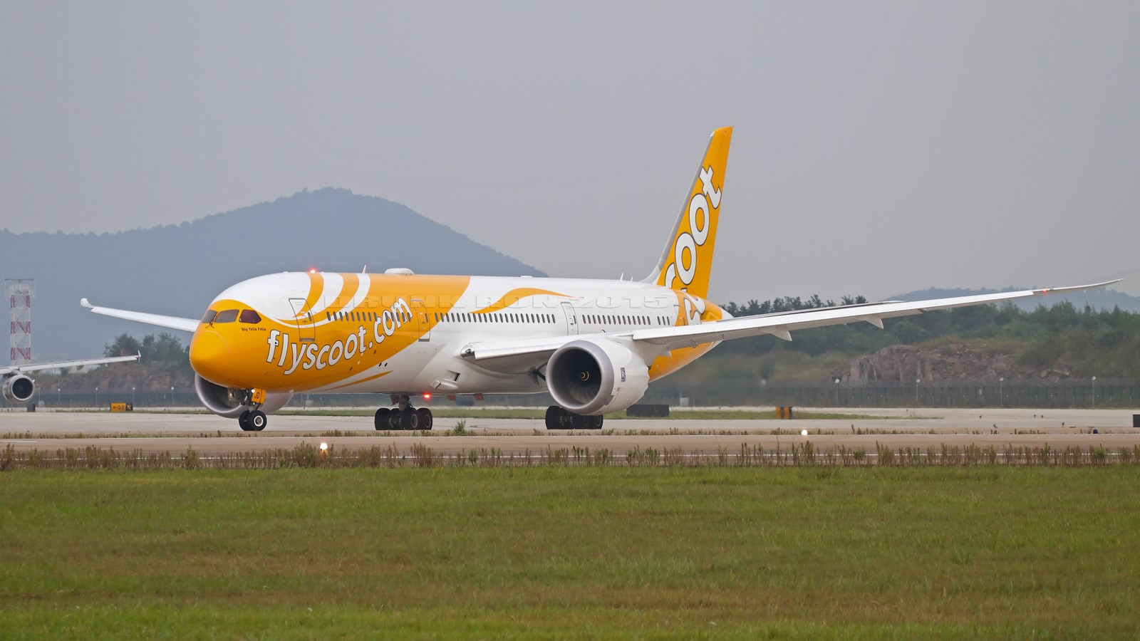 Re:[原创]NKG~头回拍789~各种闪花了眼~ BOEING 787-9 9V-OJD 中国南京禄口国际机场