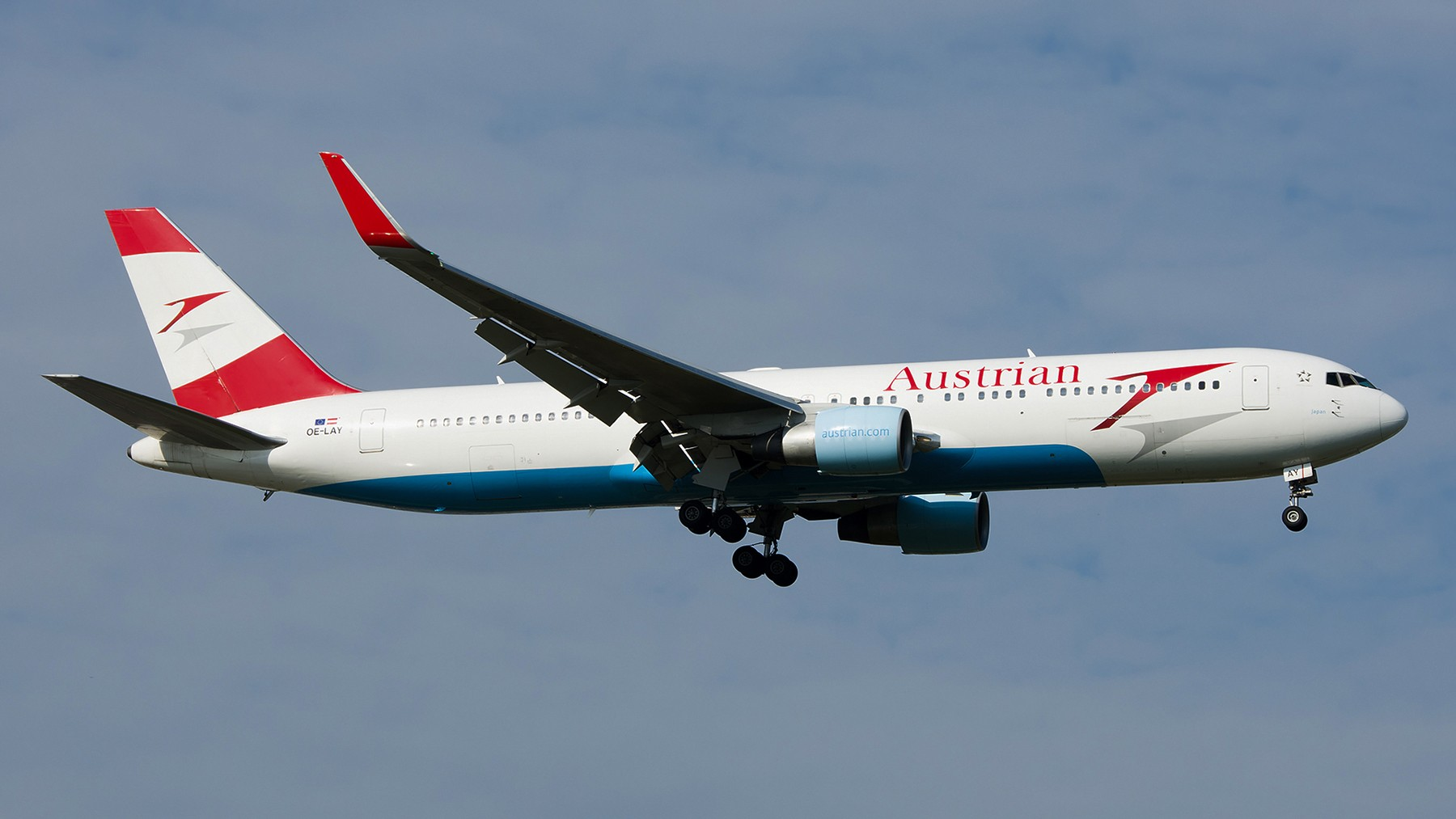 Re:[原创]终于放假了,出来冒个泡,随便发几张 BOEING 767-300ER OE-LAY 中国北京首都国际机场