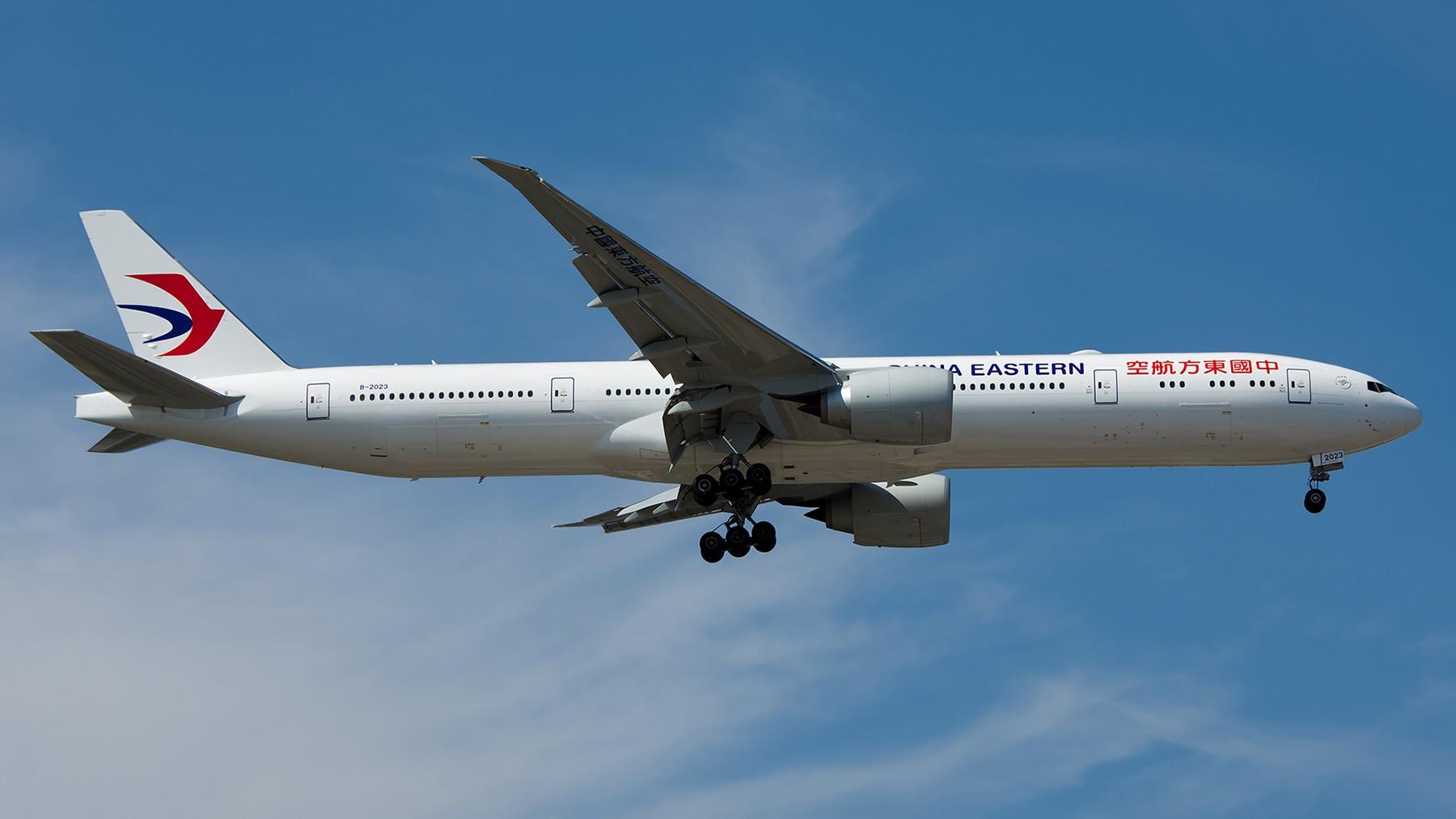 Re:[原创]终于放假了,出来冒个泡,随便发几张 BOEING 777-300ER B-2023 中国北京首都国际机场