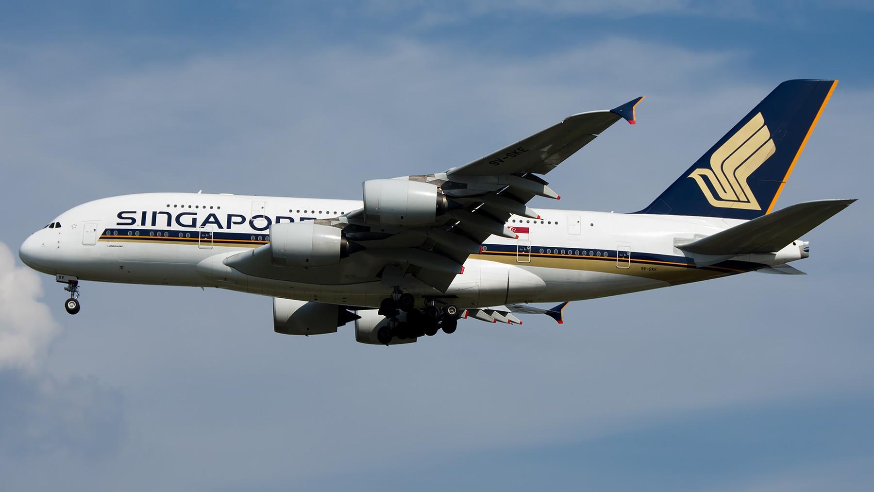 Re:[原创]终于放假了,出来冒个泡,随便发几张 AIRBUS A380-800 9V-SKE 中国北京首都国际机场