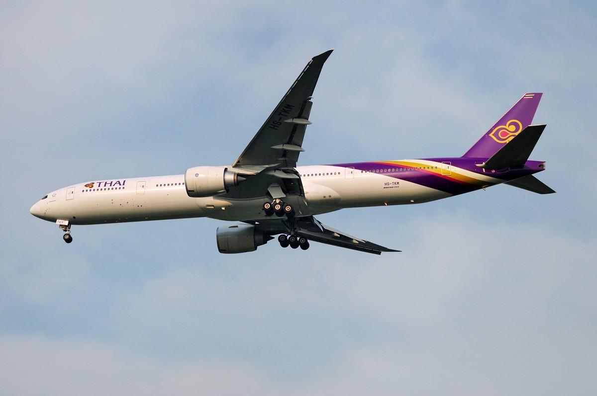 Re:[原创]上海这么好的天却不能去拍机简直太浪费了,只能发点渣图 BOEING 777-3AL/ER HS-TKM 中国上海浦东国际机场