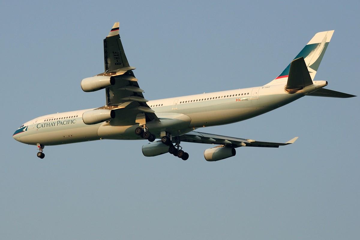 Re:[原创]上海这么好的天却不能去拍机简直太浪费了,只能发点渣图 AIRBUS A340-300 B-HXF 中国上海浦东国际机场