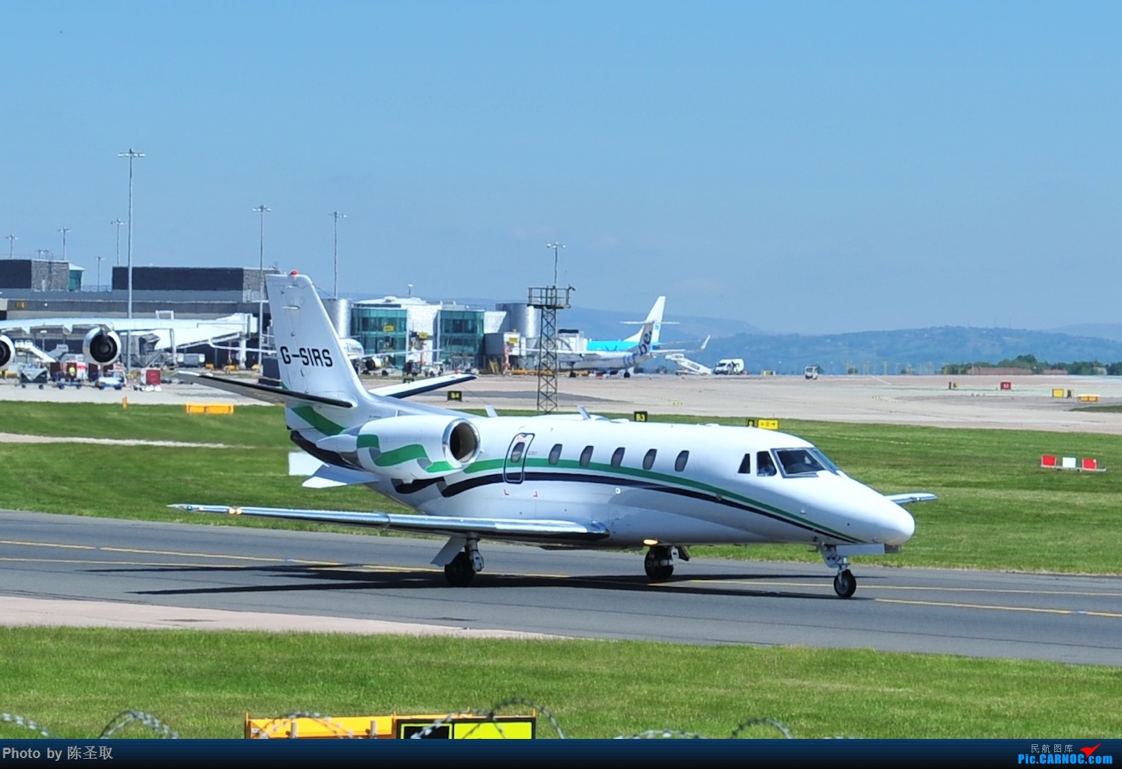 Re:[原创]迟来的6月曼城拍机图。廉价航空的天堂,曼彻斯特机场~ CESSNA 560XL CITATION EXCEL G-SIRS 英国曼彻斯特机场