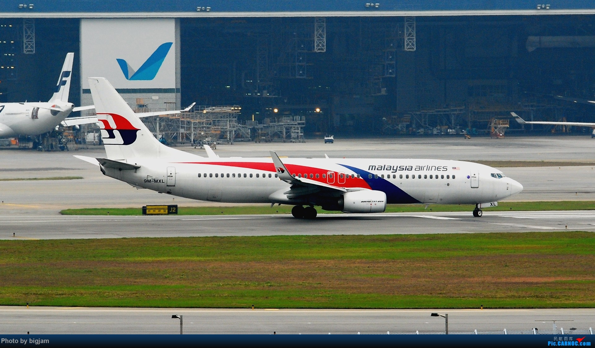 Re:刚升级到B737级 那就发点拍过的B737吧 BOEING 737-800 9M-MXL 中国香港赤鱲角国际机场