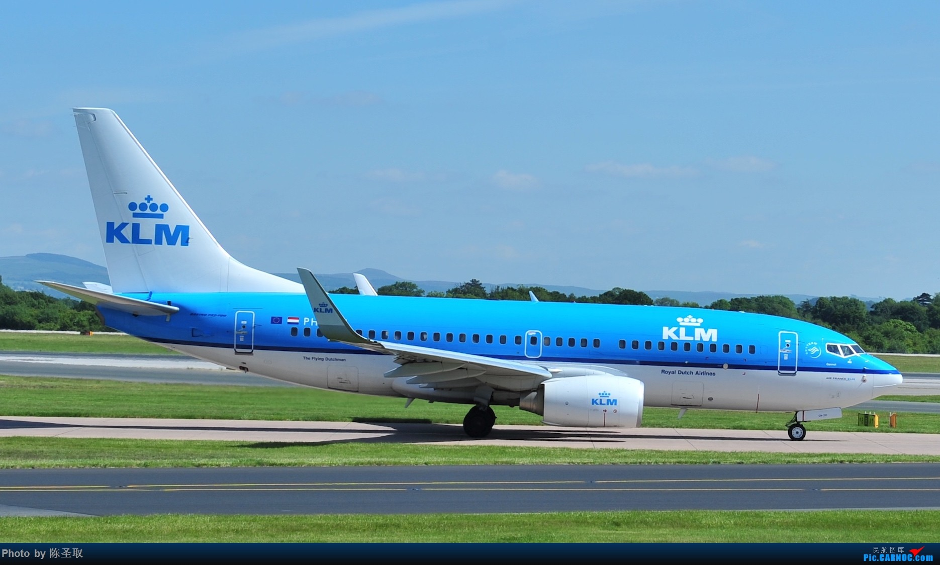 Re:[原创]迟来的6月曼城拍机图。廉价航空的天堂,曼彻斯特机场~ BOEING 737-7KS(W) PH-BGN 英国曼彻斯特机场