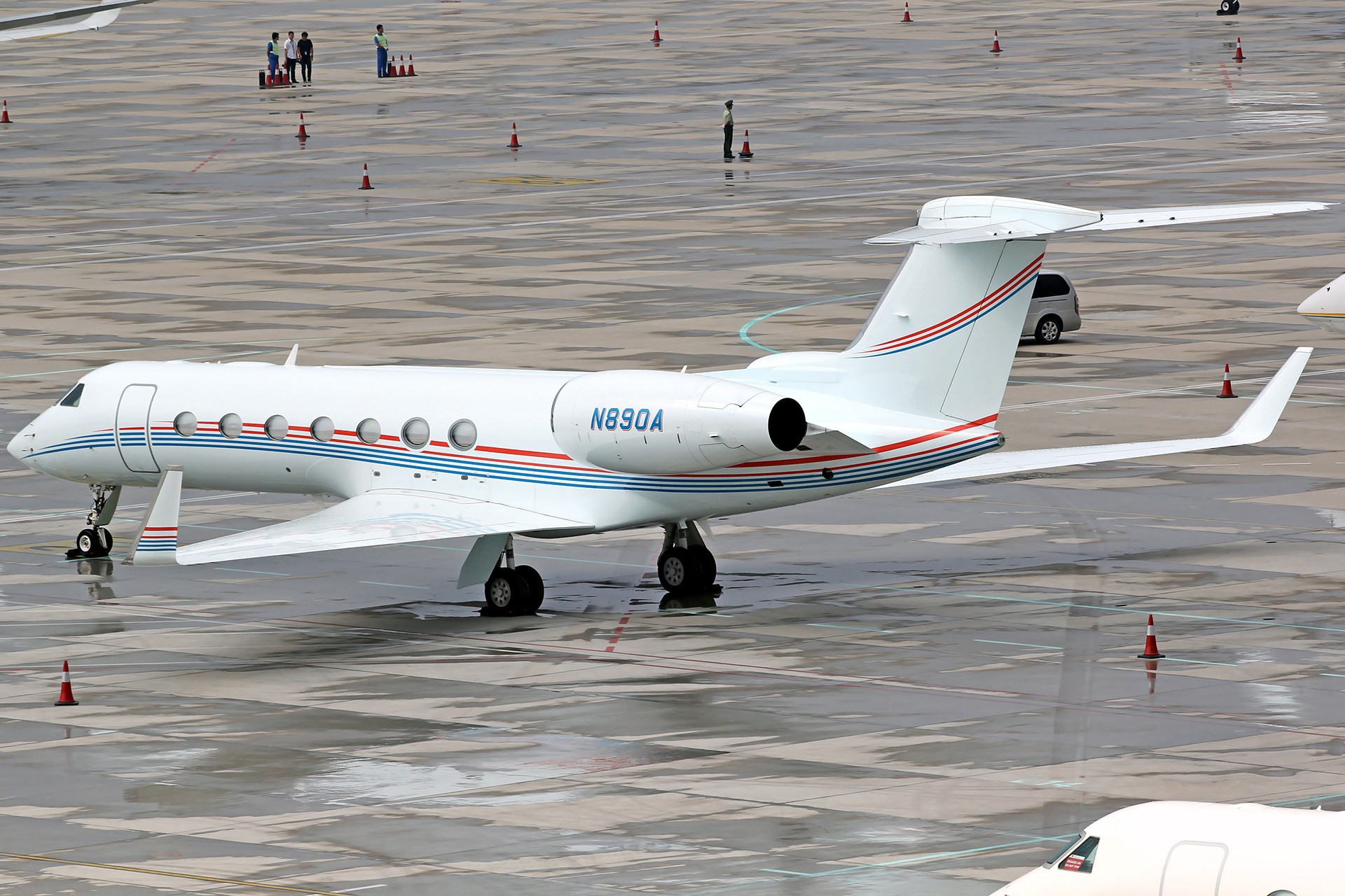 Re:[原创][DLC]。。。达沃斯公务机。。。 GULFSTREAM G550 N890A 中国大连国际机场