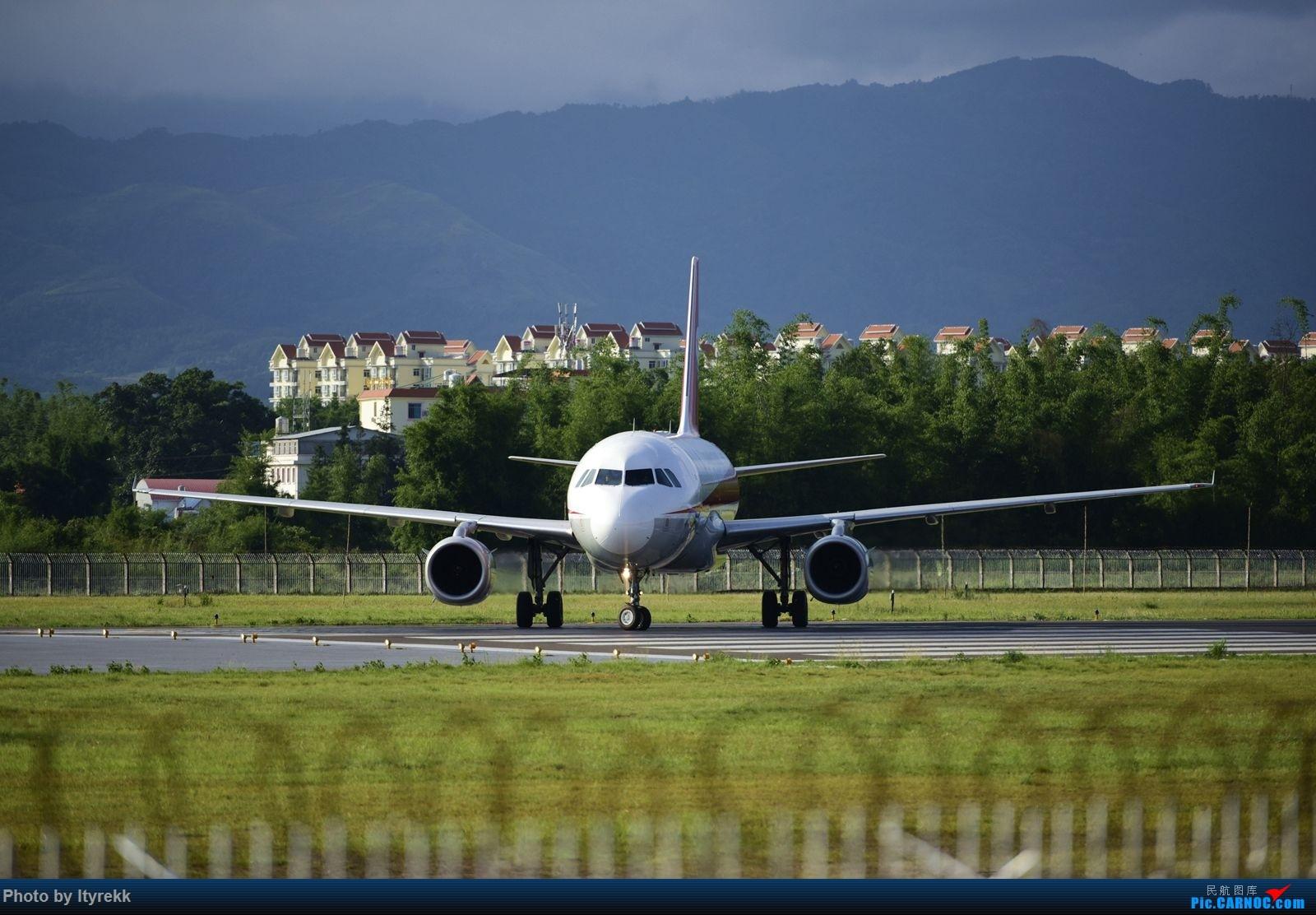 Re:[原创]【LUM】碰巧今日有空,修得几张图。 AIRBUS A319-100 B-6175 中国芒市机场