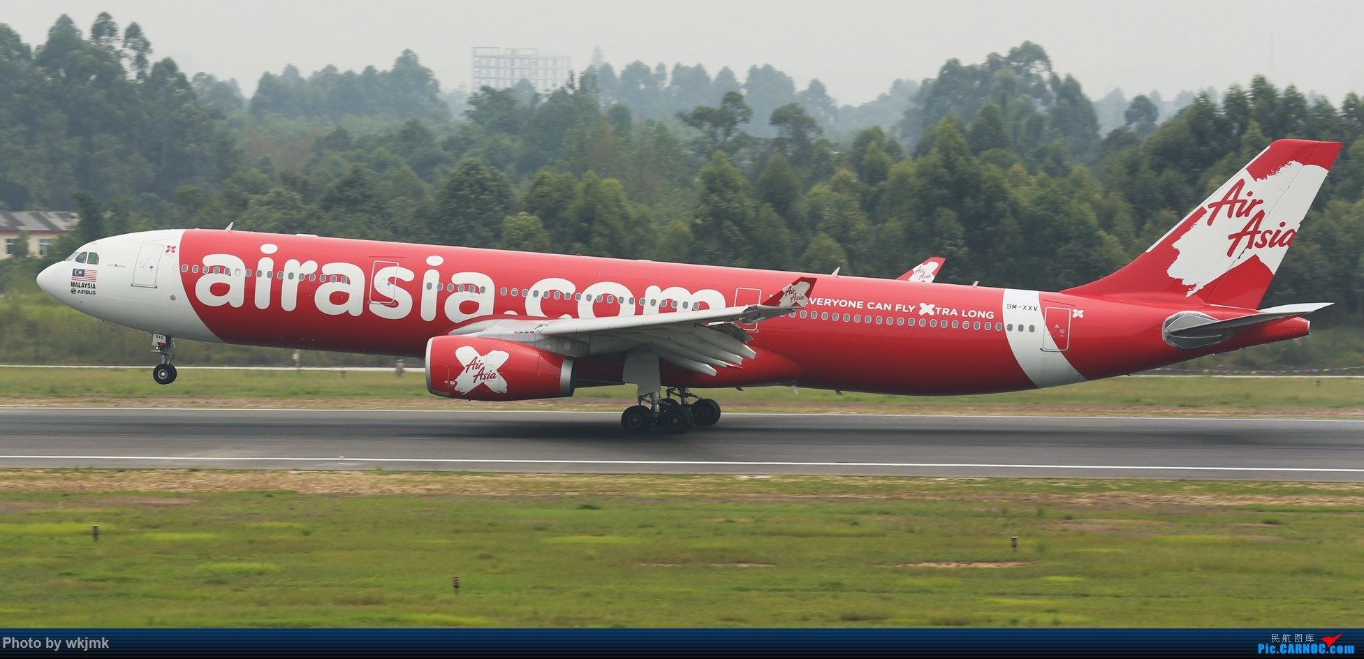 Re:[原创]西宁,成都,重庆三地拍机 AIRBUS A330-300 9V-XXV 中国成都双流国际机场
