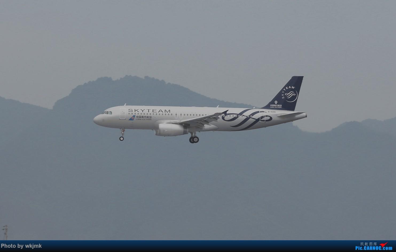 Re:[原创]西宁,成都,重庆三地拍机 AIRBUS A320-200 B-1696 中国重庆江北国际机场