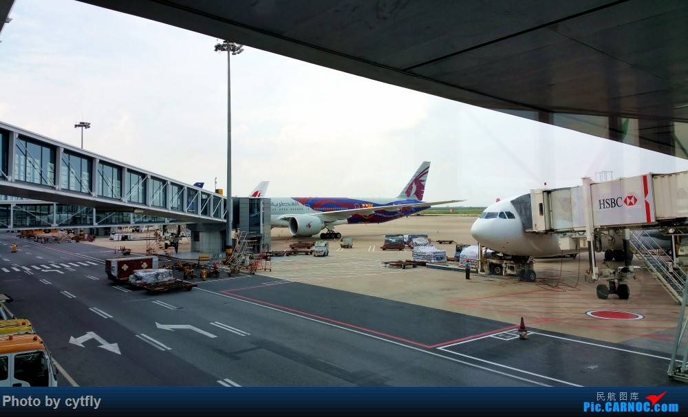 Re:[原创]南京-北京(航展之旅)疯狂的空铁联运【南京-虹桥-浦东-天津-北京】!!持续更新中!!第一次春秋+返程第一次投诉国航 BOEING 777-300 A7-BAE 中国上海浦东国际机场