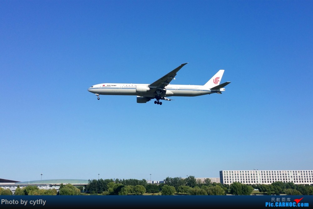 Re:[原创]南京-北京(航展之旅)疯狂的空铁联运【南京-虹桥-浦东-天津-北京】!!持续更新中!!第一次春秋+返程第一次投诉国航 BOEING 777-300ER B-2037 中国北京首都国际机场