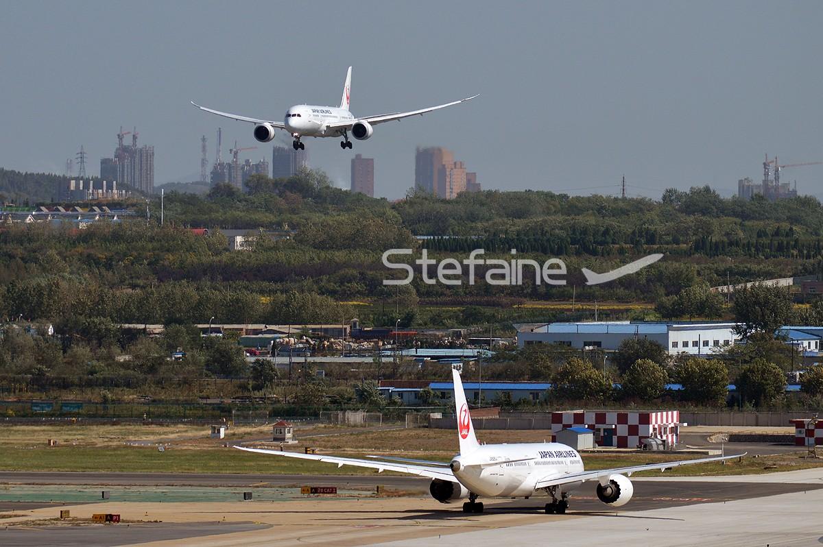 Re:[原创][DLC]难得两架787 BOEING 787-8 JA826J 中国大连国际机场