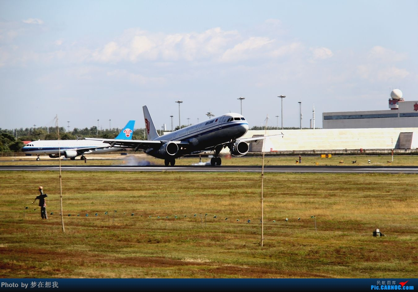 Re:[原创]十月二号高中党坐动车从丹东到沈阳拍机SHE AIRBUS A321-200 B-6599 中国沈阳桃仙国际机场