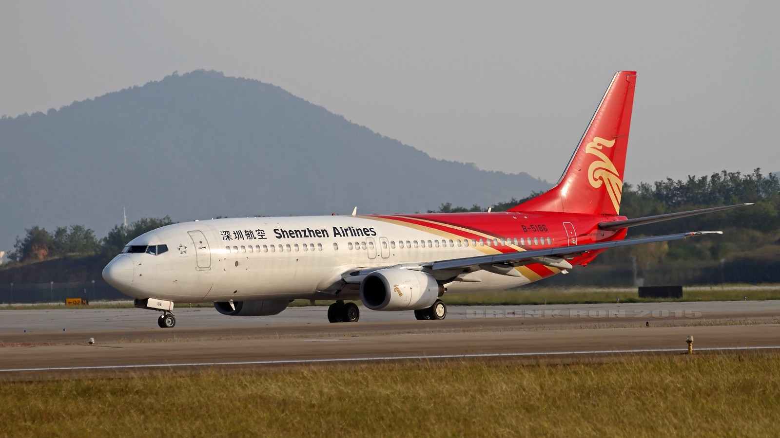 Re:[原创]NKG~好天气的NKG招牌角度 BOEING 737-800 B-5186 中国南京禄口国际机场