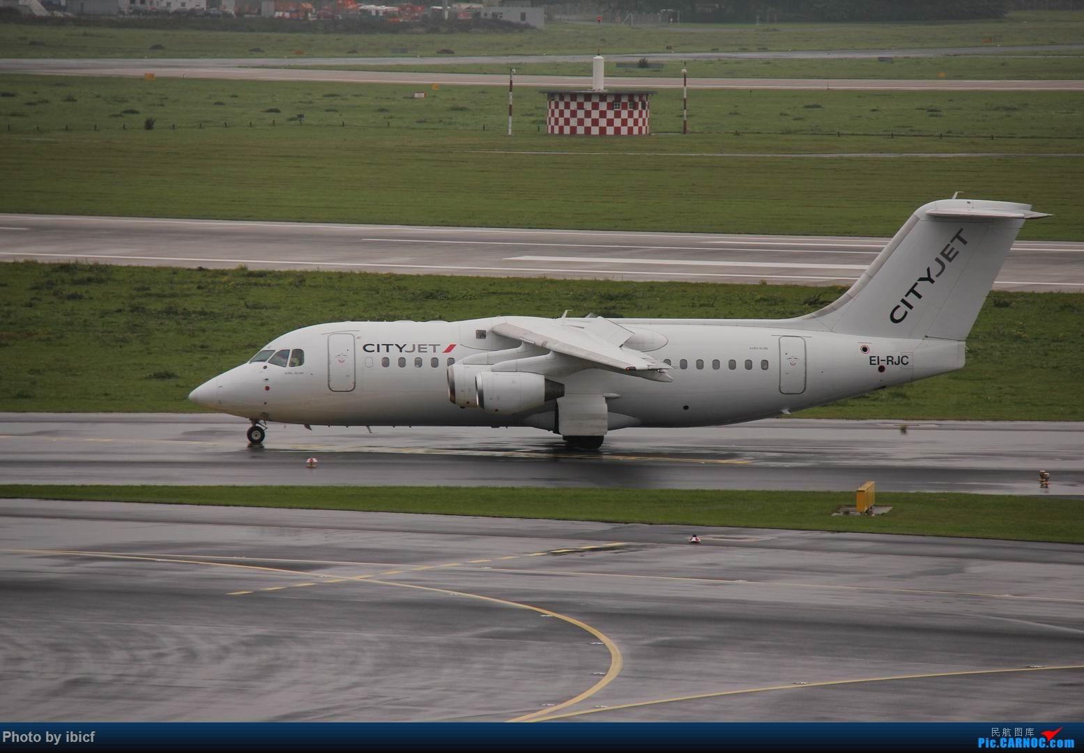Re:[原创]国庆杜塞拍机 AVRO RJ85 EI-RJC DUS