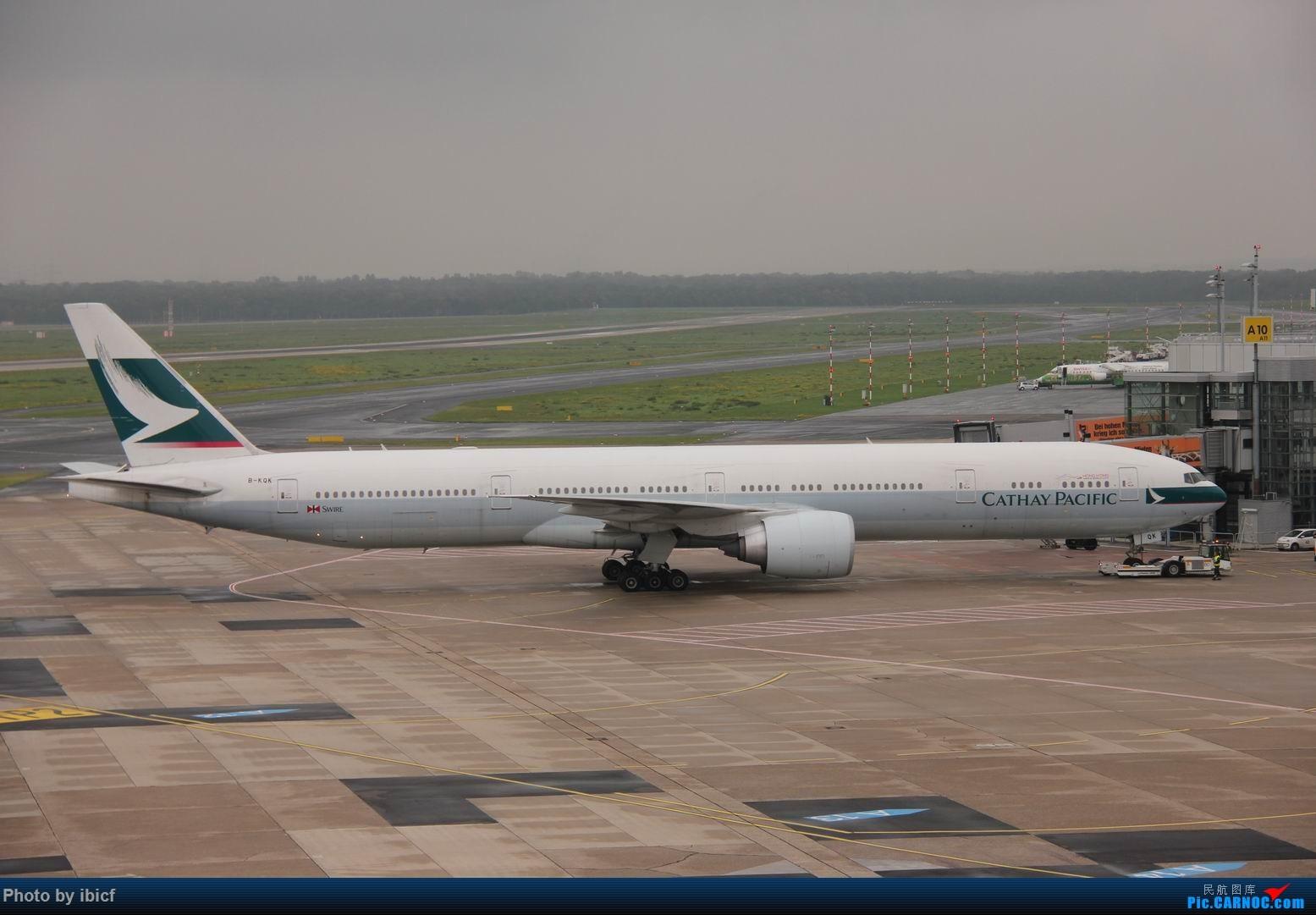 Re:[原创]国庆杜塞拍机 BOEING 777-300ER B-KQK DUS