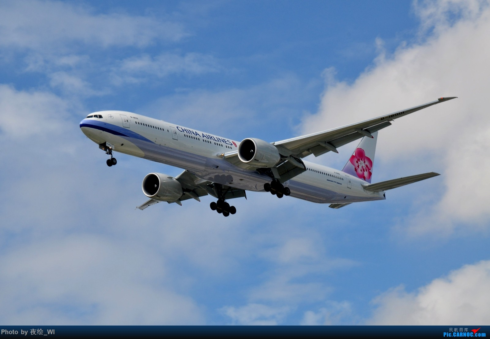 Re:[原创]【PVG】不只守着NKG,国庆疯狂拍机之浦东行,天空美得简直不像话! BOEING 777-300ER B-18001 中国上海浦东国际机场